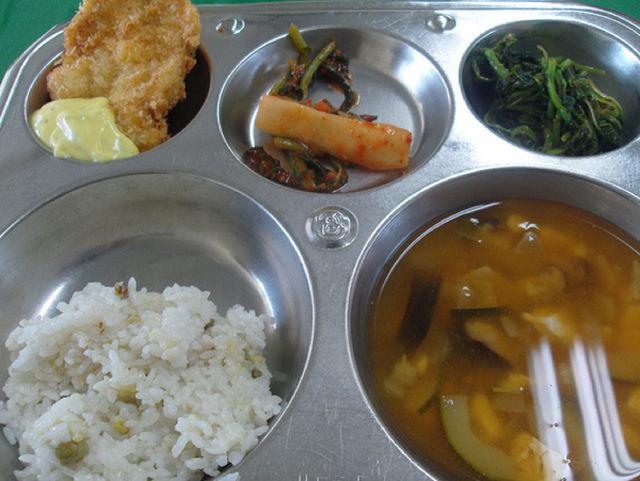 世界の給食(韓国)