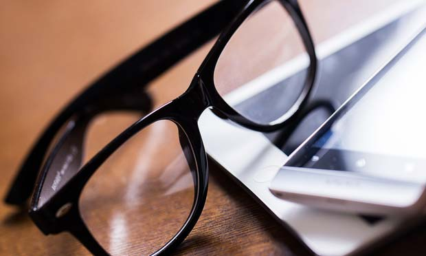 パソコン用のメガネ