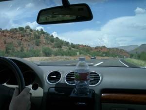 車でセドナへ