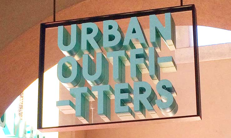Urban Outfitters(アーバン・アウトフィッターズ)