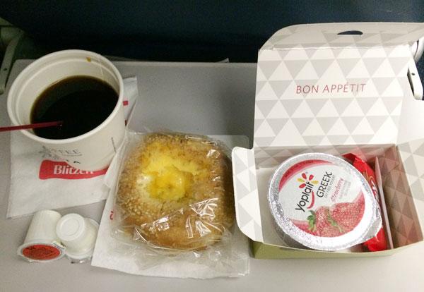 デルタ航空機内食(朝食)
