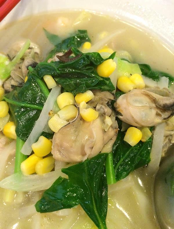紅蘭亭の牡蠣入りタイピーエン(冬期限定)