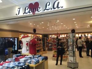 ロサンゼルス国際空港内のお土産売り場