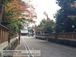 健軍神社の境内までの石畳の通路