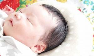 赤ちゃん用のドーナツ枕
