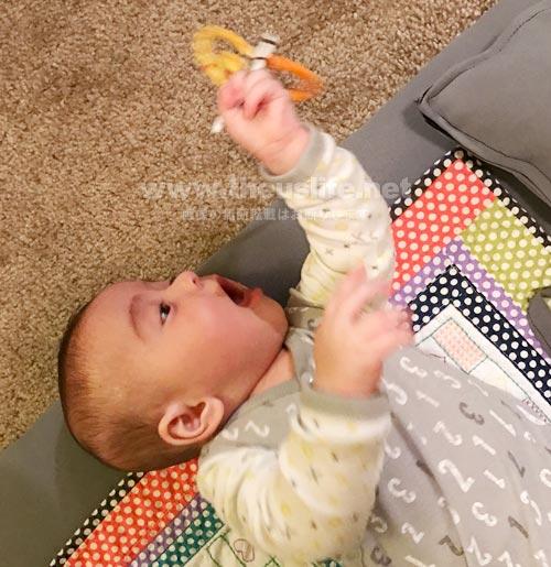 Sassyのおもちゃ(新生児からOK)