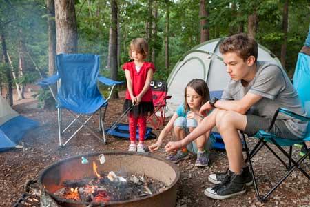 キャンプでスモア