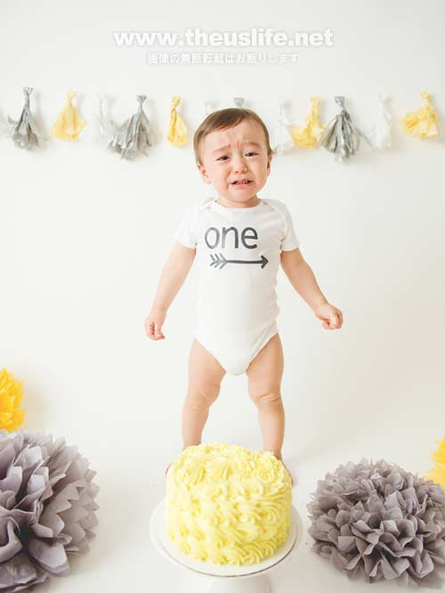 一歳の誕生日恒例ケーキスマッシュ