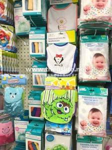 DollarTreeの赤ちゃん用品売り場
