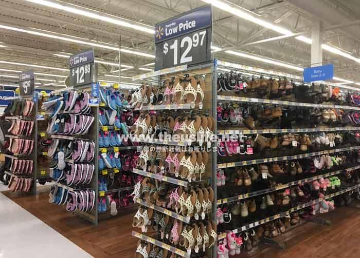 Walmart(ウォルマート)靴売り場